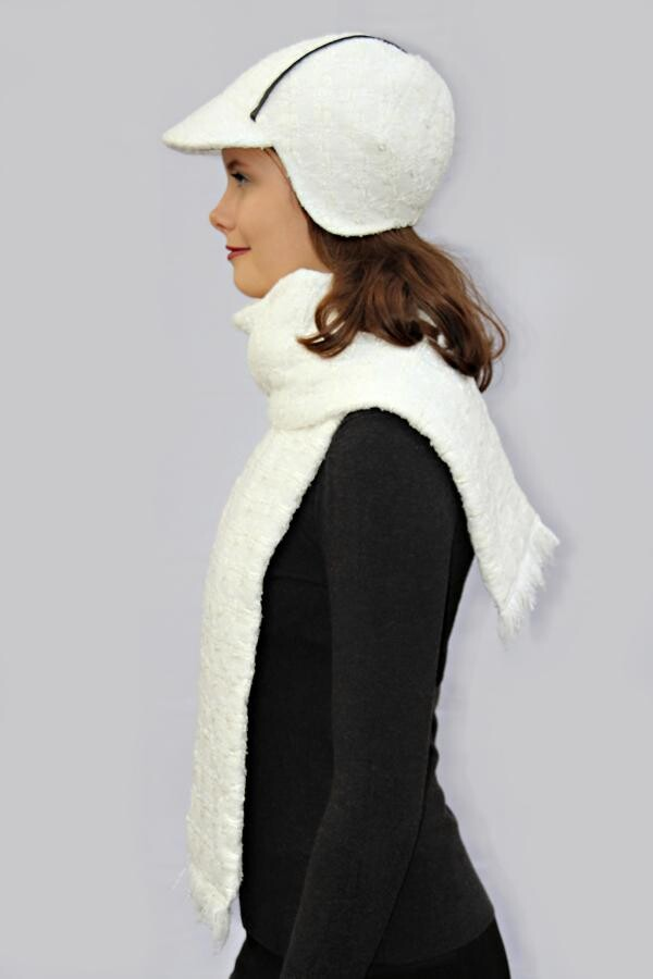 cream-white fringed scarf SOLO_242 | MOLOTOW