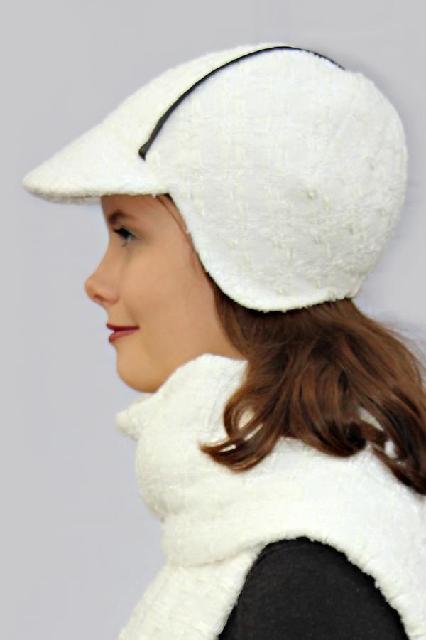 Creamy white round cap DINA_242 | MOLOTOW