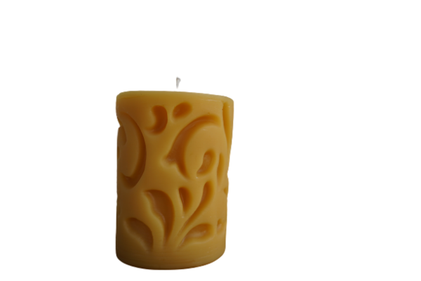 Pillar candle with interior pattern   Woidgold