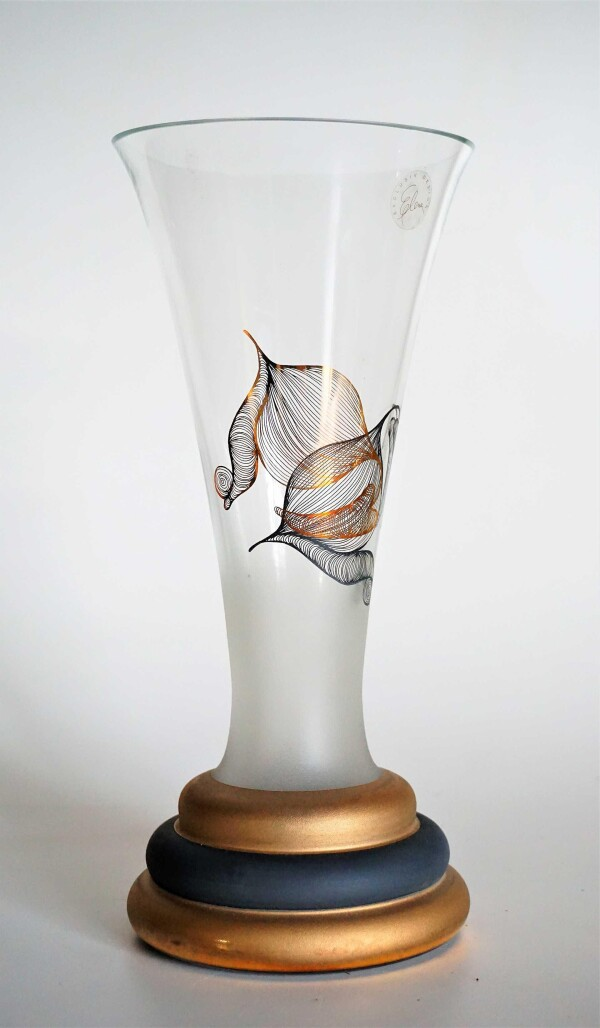 Loggia vase | Design Elena