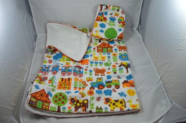 Cuddly hooded towel with farm animals | LAND- KINDer