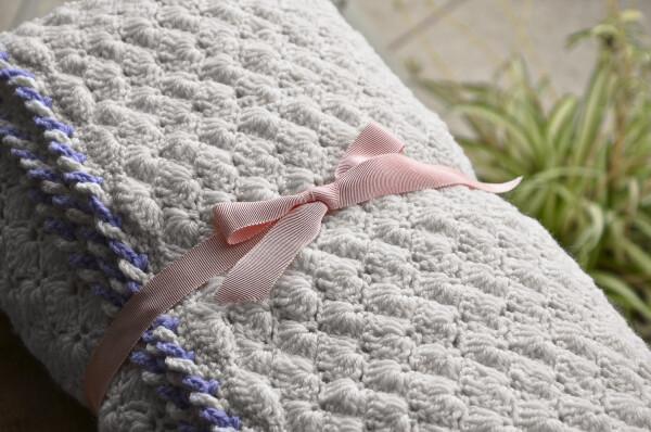 Wool crochet blanket | Ariee Home & Gifts
