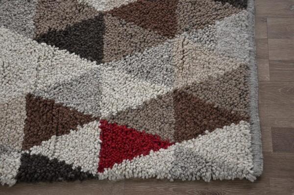 Wool rug - Triangle | Ariee Home & Gifts