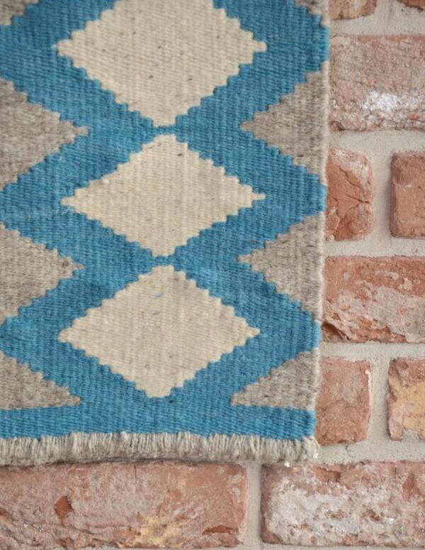 Handmade wool kilim rug_Honeycombe | Ariee Home & Gifts