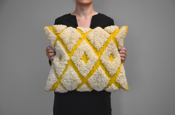 Kilim wool pillow - Diamonds | Ariee Home & Gifts