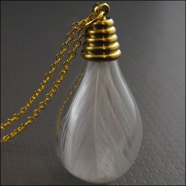 Golden glass necklace with genuine white spring | Carol and Me