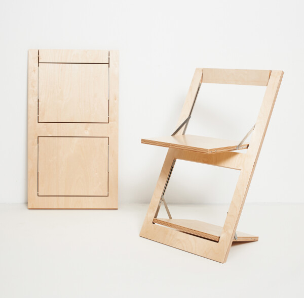 Folding chair Fläpps - birch clear lacquered | AMBIVALENZ