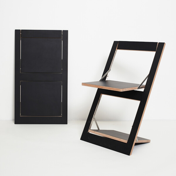 Folding chair Fläpps - Black | AMBIVALENZ