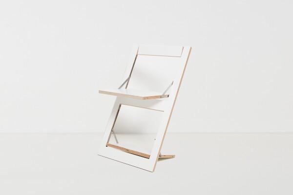 Folding chair Fläpps - White | AMBIVALENZ