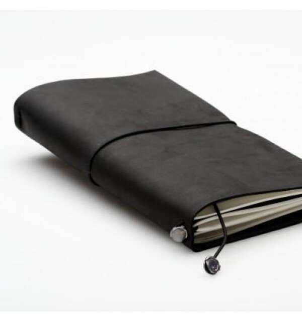 Organizer in leather cover as a calendar set | germanmade