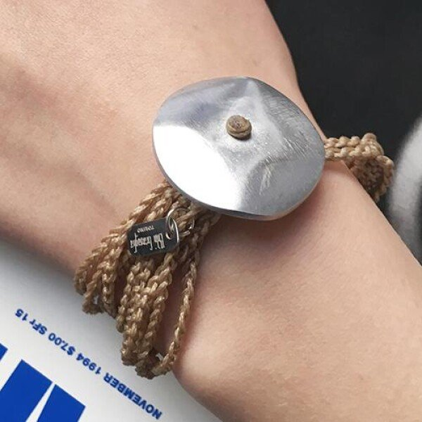 Giò - Sand hand made bracelet with big botton | BIBI GRAMAGLIA selezione