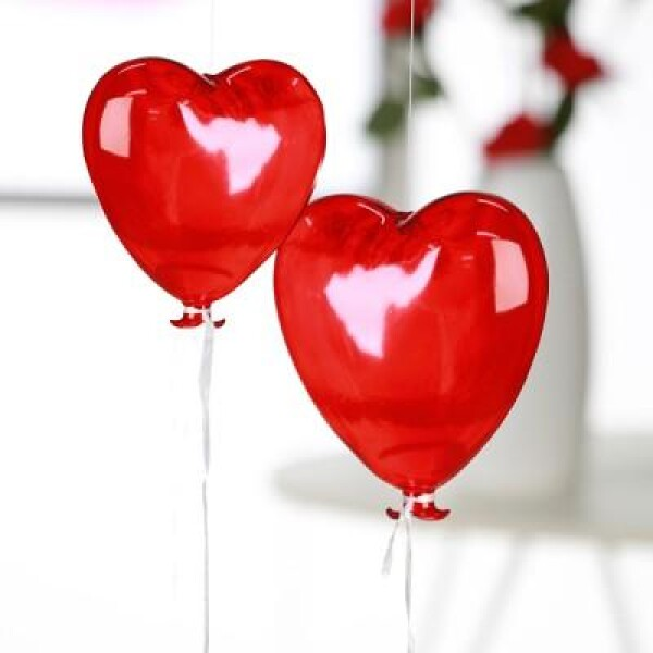 Red glass heart balloon | roomOutfit