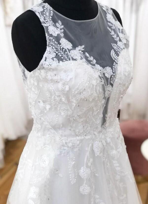 Elegant princess wedding dress | Lafanta | Braut- und Abendmode
