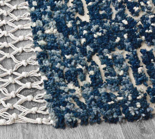Wool rug - Shades of blue | Ariee Home & Gifts