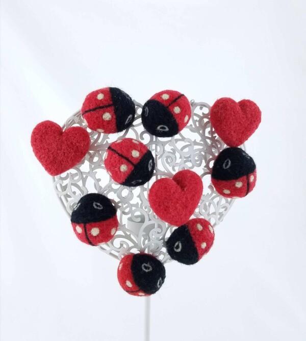 Handmade Ladybug with felt | Ariee Home & Gifts