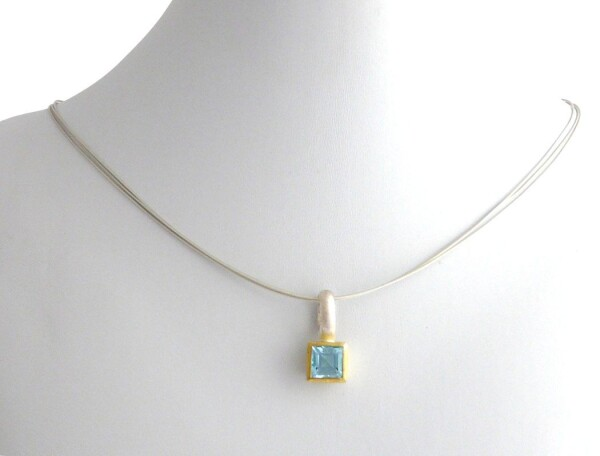 Necklace 925 silver gold-plated topaz blue 11mm | Gemshine Schmuck