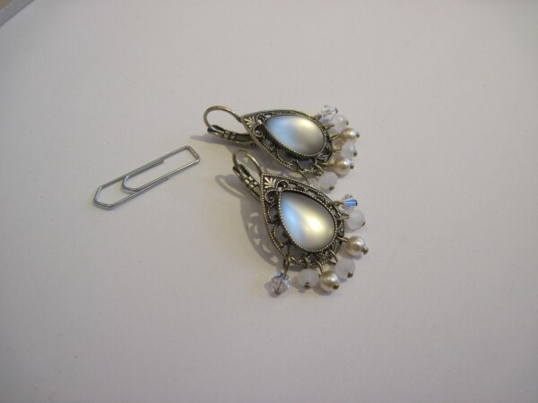 Romantic earrings with glass and pearls | mancherlei
