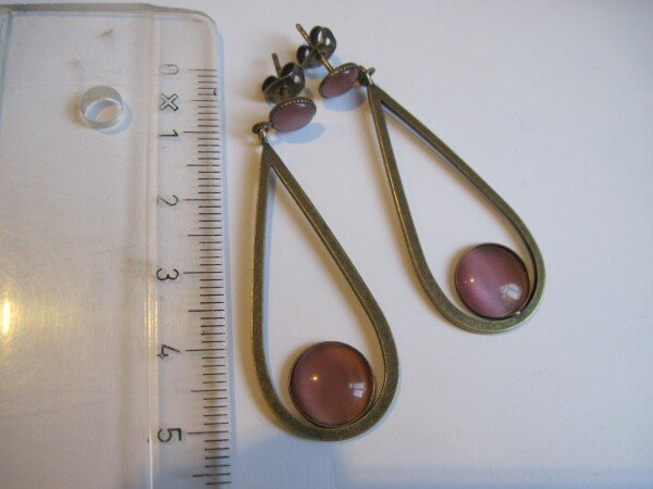 Loop earring with cateye | mancherlei
