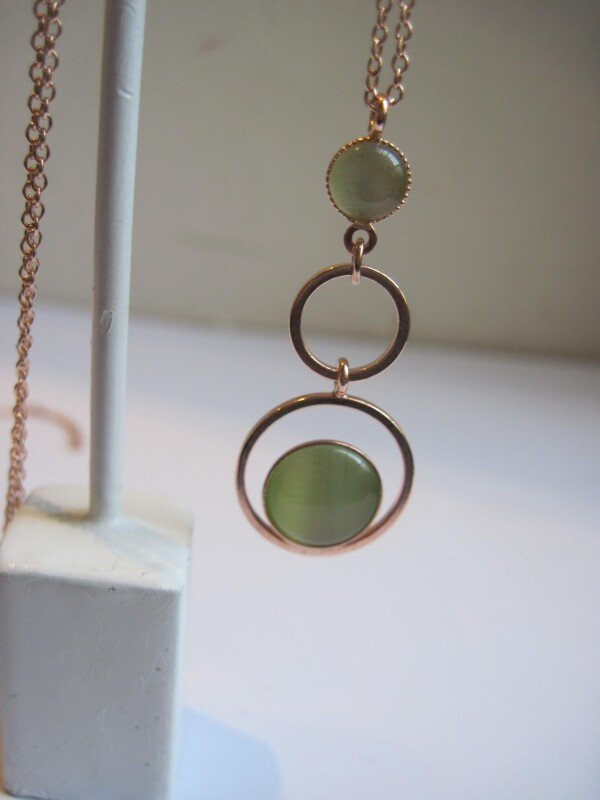 rose gold-plated long chain with triple circle pendant with cateye | mancherlei