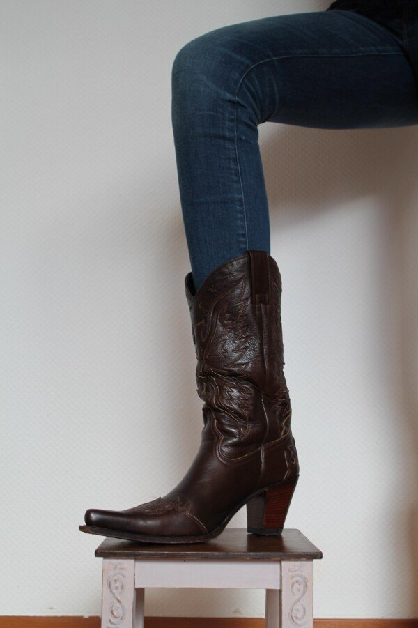 Boots Westerstyle with heel Brown | Iris Berghoff