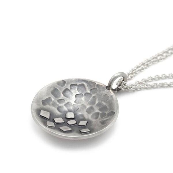 Round pendant blackened silver MAEVA | ringlein und noch mehr