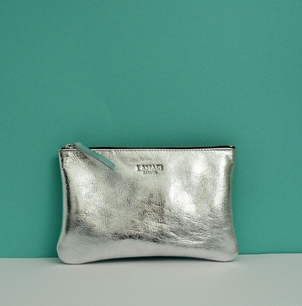 Leather cosmetic bag JUNE silver | LAMARI BERLIN