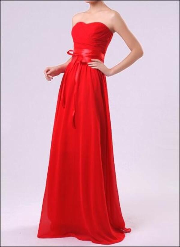 Chiffon evening dress with corsage and sweetheart neckline | Lafanta | Braut- und Abendmode