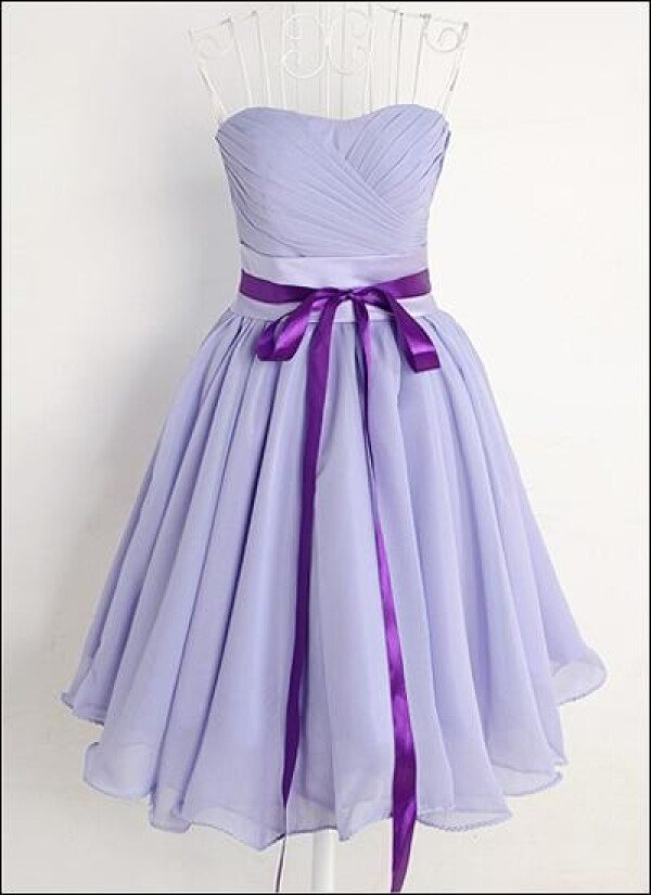Lavender colored chiffon cocktail dress | Lafanta | Abend- und Brautmode