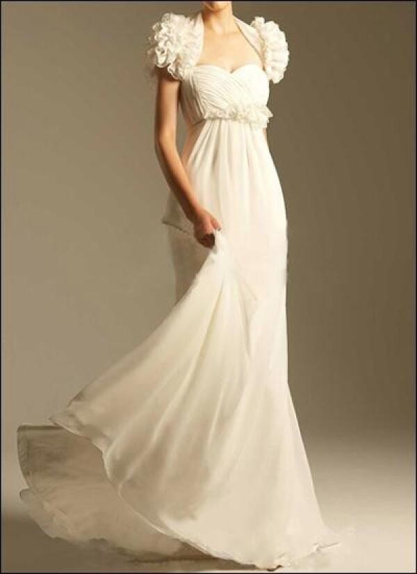 Empire wedding dress with flower application | Lafanta | Braut- und Abendmode