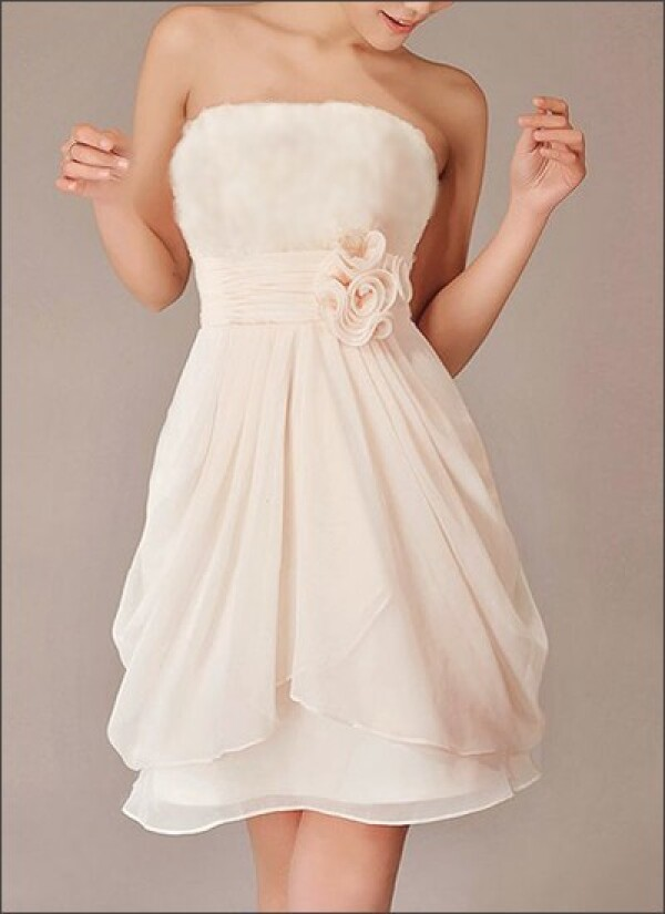 Short chiffon wedding dress with flowers Registry Office | Lafanta | Abend- und Brautmode