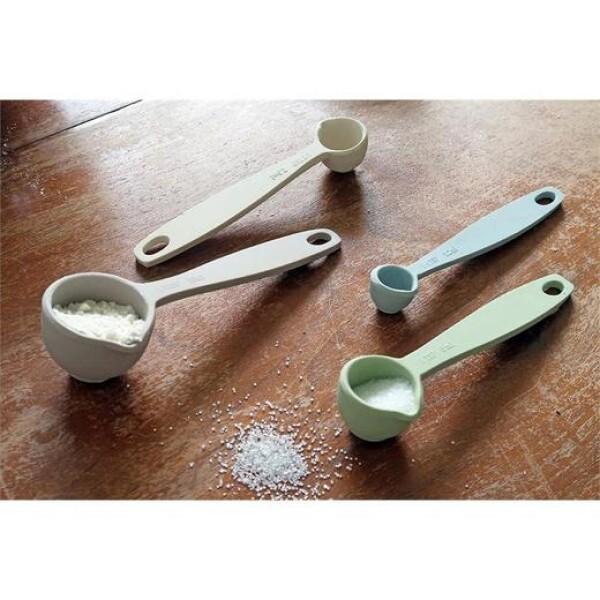Dawn measuring spoons bamboo Zuperzozial   das goodshaus