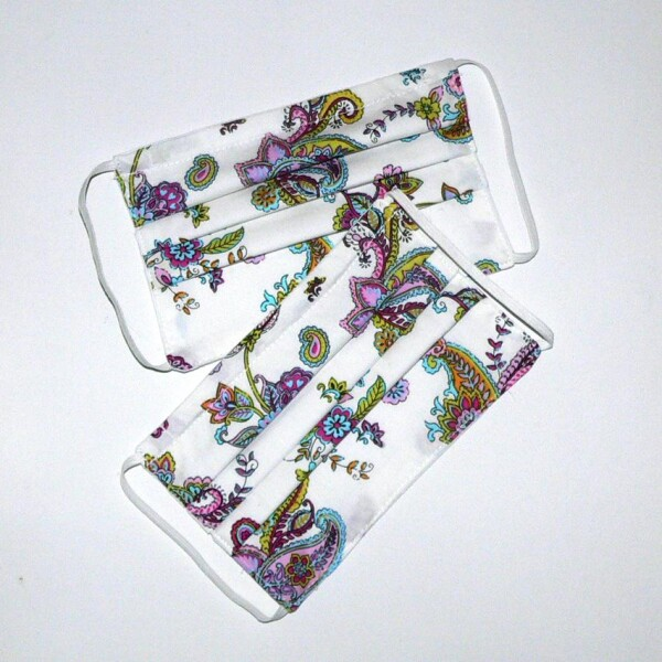 Mouth nose mask with paisley pattern | Eva Brachten Modedesign