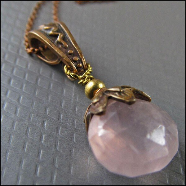 Delicate gemstone necklace with a genuine rose quartz | Carol and Me