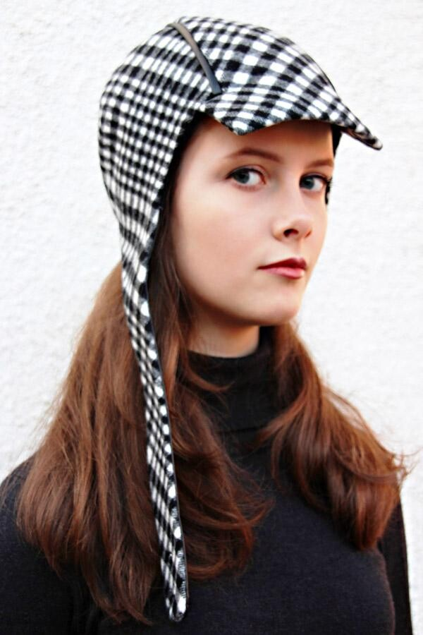 black and white checkered toggle cap NELA_215 | MOLOTOW