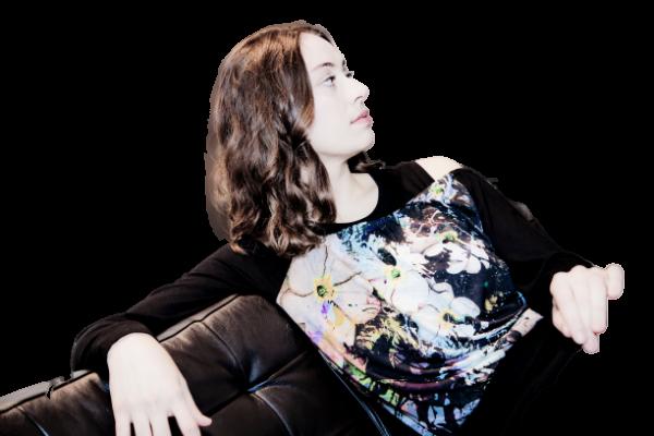 black off-shoulder shirt | Florentine Kriess