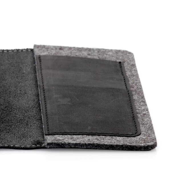 Leather smartphone case and wallet | germanmade