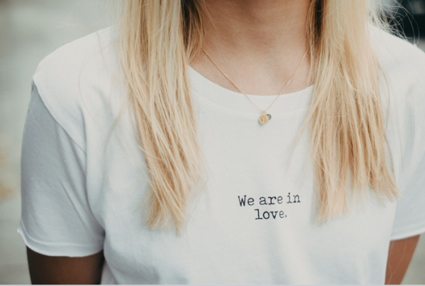 GMC T-Shirt WE ARE IN LOVE white / black | Magasin 2