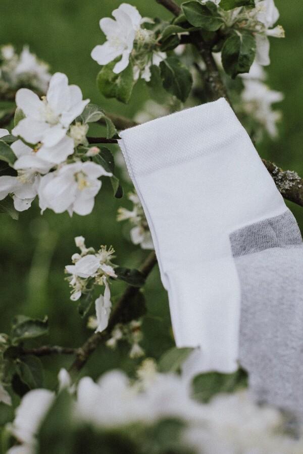 SOCKINGER SPORT SOCK in white / gray | Sockinger-Die Sockenmanufaktur