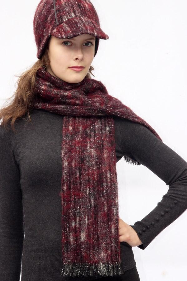 Burgundy fringed scarf SOLO_190 | MOLOTOW