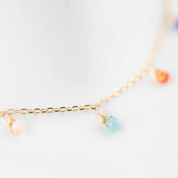 Short necklace gilded with colorful crystal pendants   Perlenmarkt