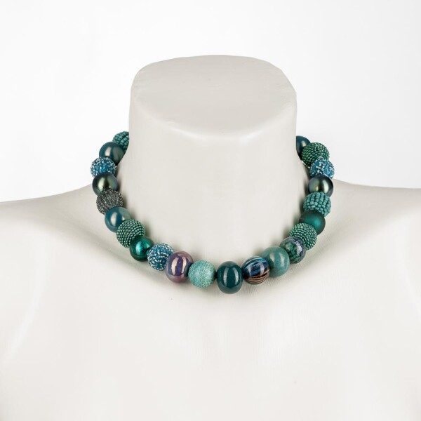 Short pearl necklace New Bowls Colonial Blue made of a fine material mix | Perlenmarkt