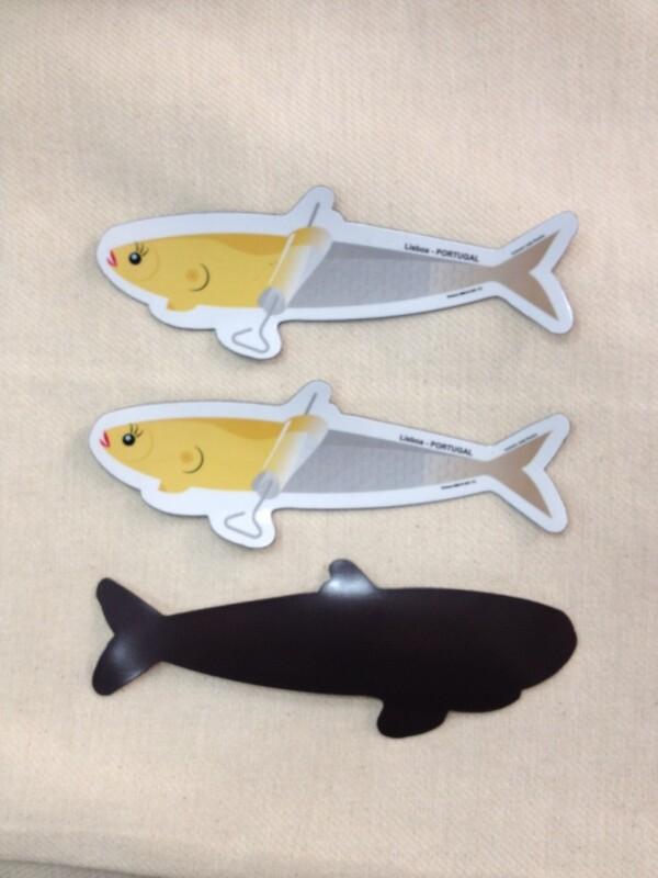 Pin up sardine magnet | Loja PortugueZa da Baixa
