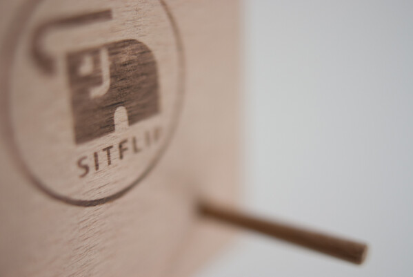 Sitflip skateboard wall display-deck hanger | SITFLIP