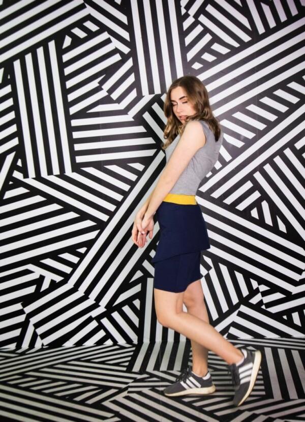 sporty stretch dress with glitter in the waistband Aurea | kirsch-grün