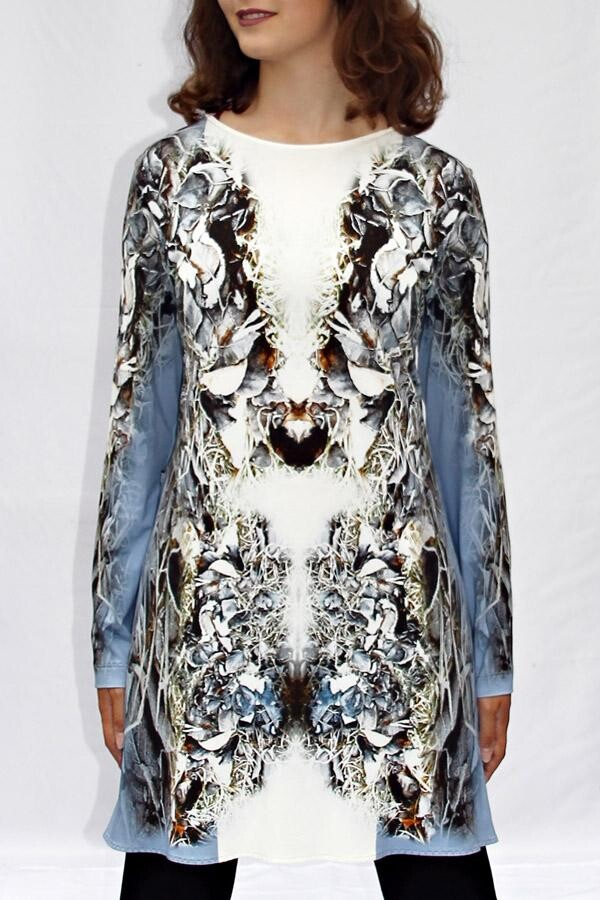 light blue and white longshirt with own fabric print TAIMIREK_36 | MOLOTOW