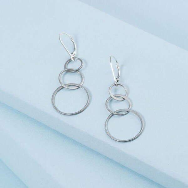 Triple Linked Circle Earrings | KTcollection