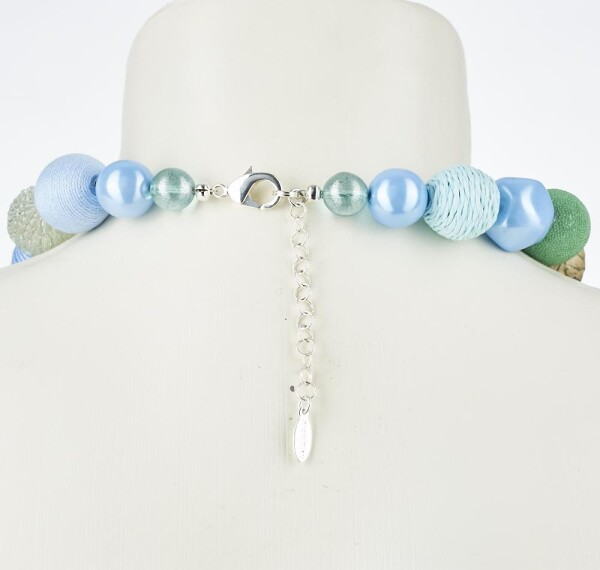 Short pearl necklace Bollywood sky blue made of a fine material mix   Perlenmarkt