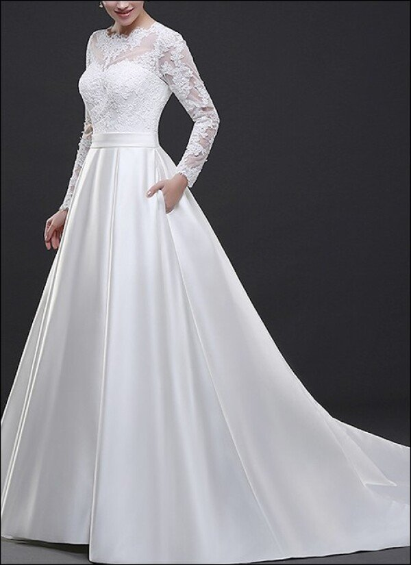 Stylish wedding gown with lace sleeves | Lafanta | Abend- und Brautmode