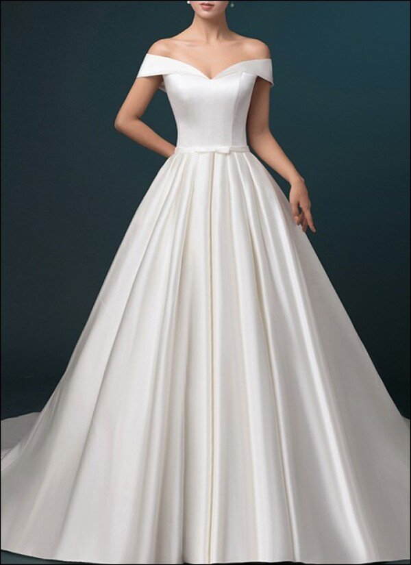 Satin wedding dress a-line with pockets | Lafanta | Braut- und Abendmode