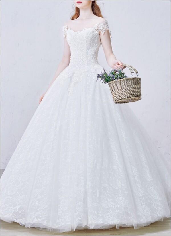 Princess wedding dress lace Ärmelchen | Lafanta | Abend- und Brautmode